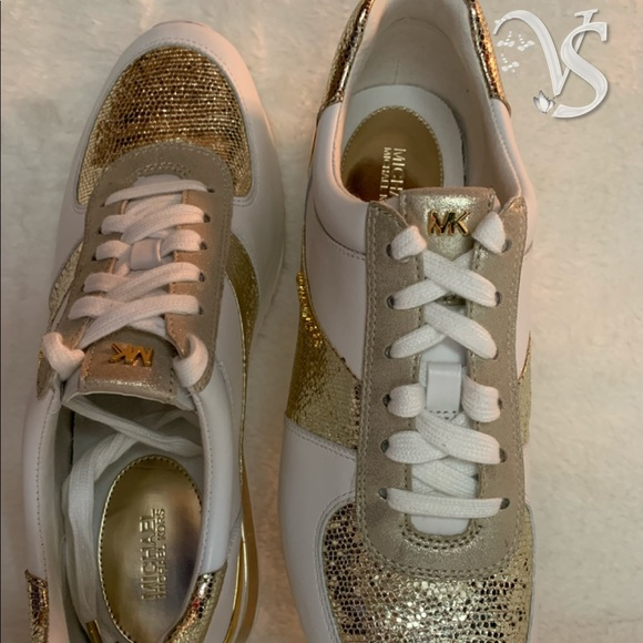 547f910a72be MICHAEL Michael Kors Wrap Leather Sneakers